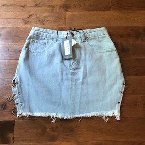PrettyLittleThing Side Chained Mini Skirt